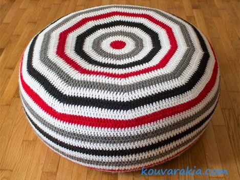 crochet-floor-cushion