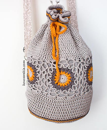 crochet-drawstring-bag